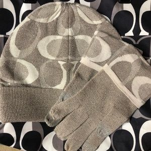 Coach Silver & Gray Winter hat & tech gloves